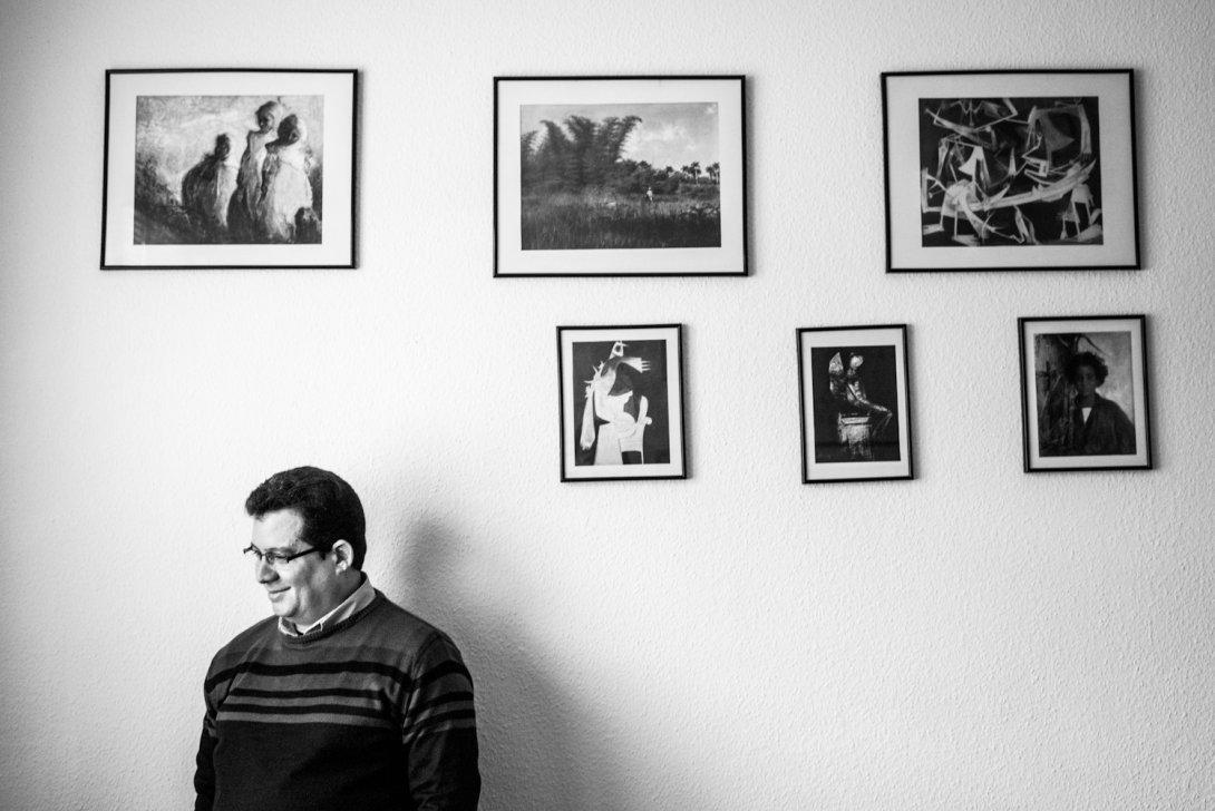 Amir Valle en su estudio. Foto: Daniel Rodriguez.