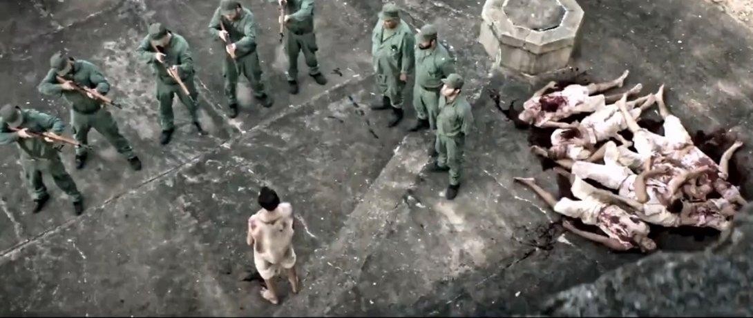 """Fotograma de Plantados. Una escena de los fusilamientos o """"paredones""""."""