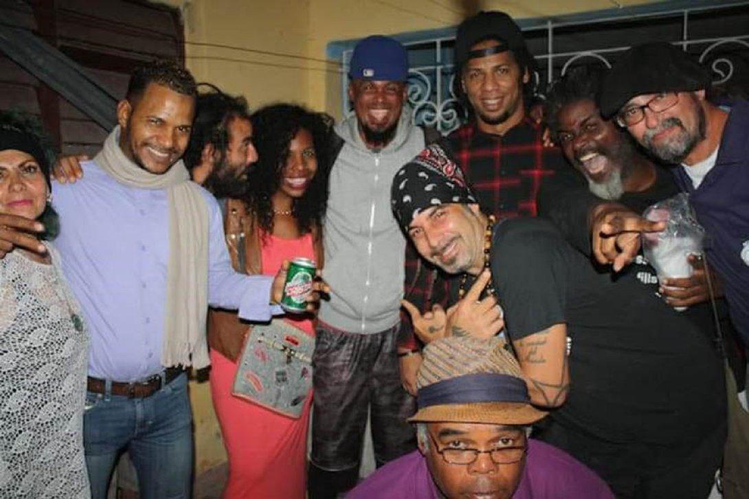 Participantes en la inauguración del festival Poesía Sin Fin 2017 en La Habana