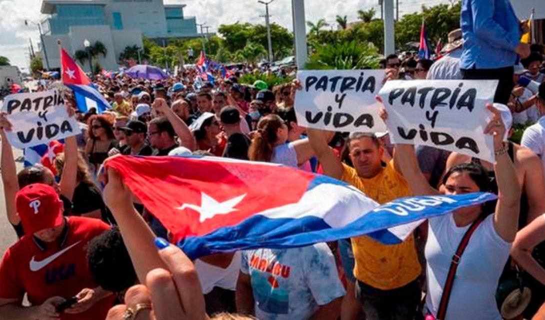 Protestas en Cuba. 11 de julio 2021. Carteles de Patria y vida